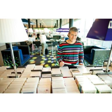 collectiebeleid collectie man bibliotheek boeken